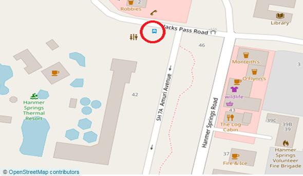 温水プール&スパ前のバス停 (Amuri Ave & Jack Pass Roadの交差地点)